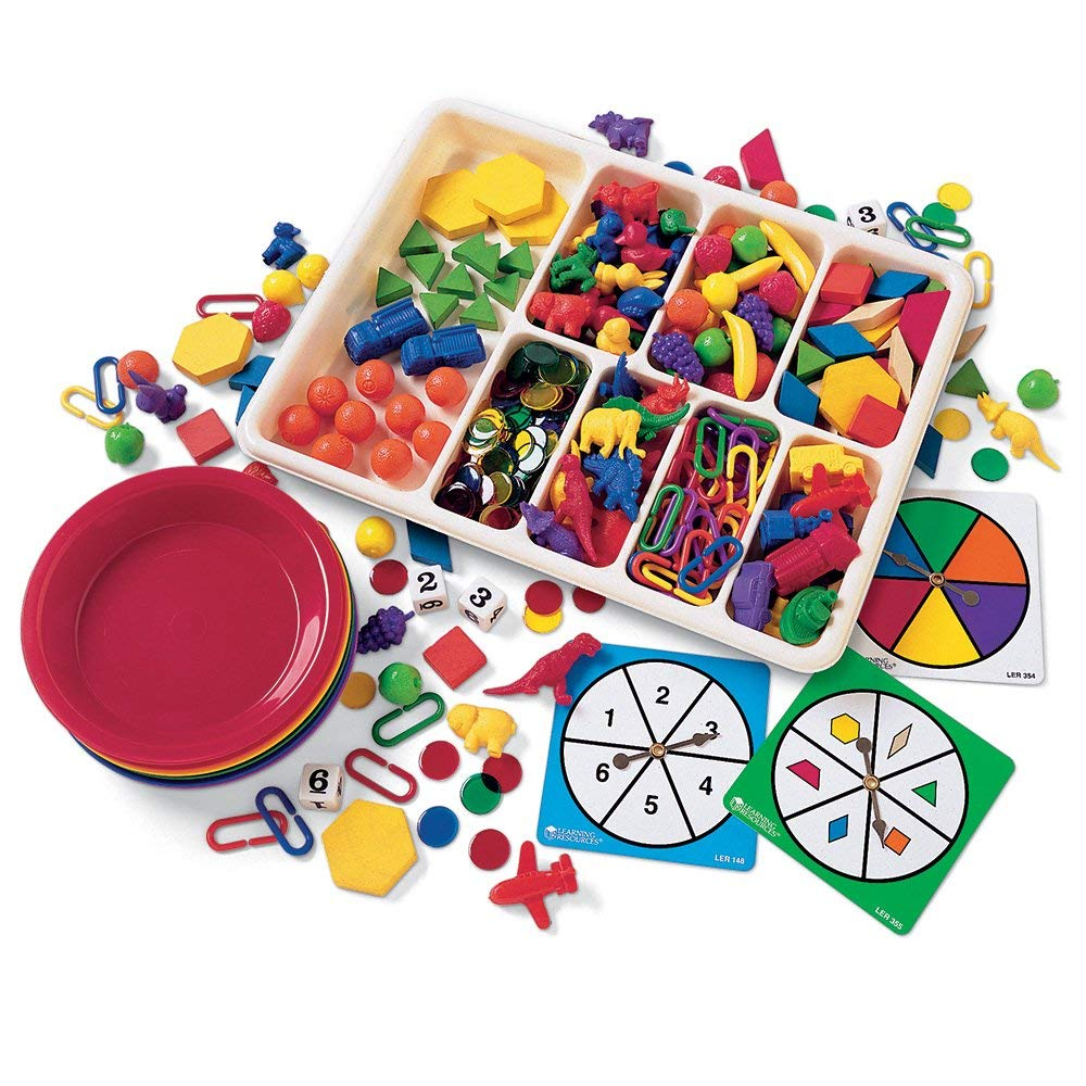 Matching games with different matching rules can help improve cognitive flexibility by helping children practice changing their train of thought based on the circumstances.