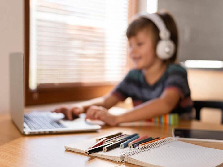 Tips to Help Kids With ADHD Stay Calm & Focused During Remote Learning